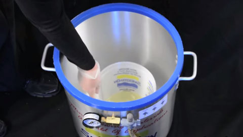 How To Vacuum Degas Urethane Resin - Smooth Cast® 326