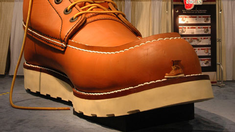 The Sole of Red Wings Giant Work Boot: Size 638D